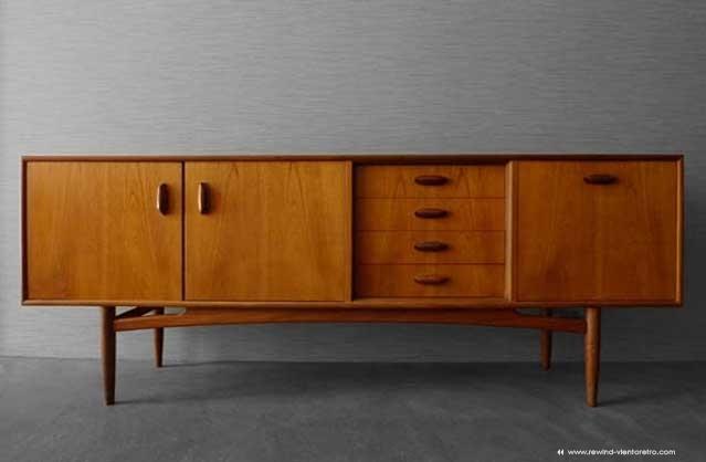 Aparador g plan rewind viento retro muebles vintage y for Aparador anos 50